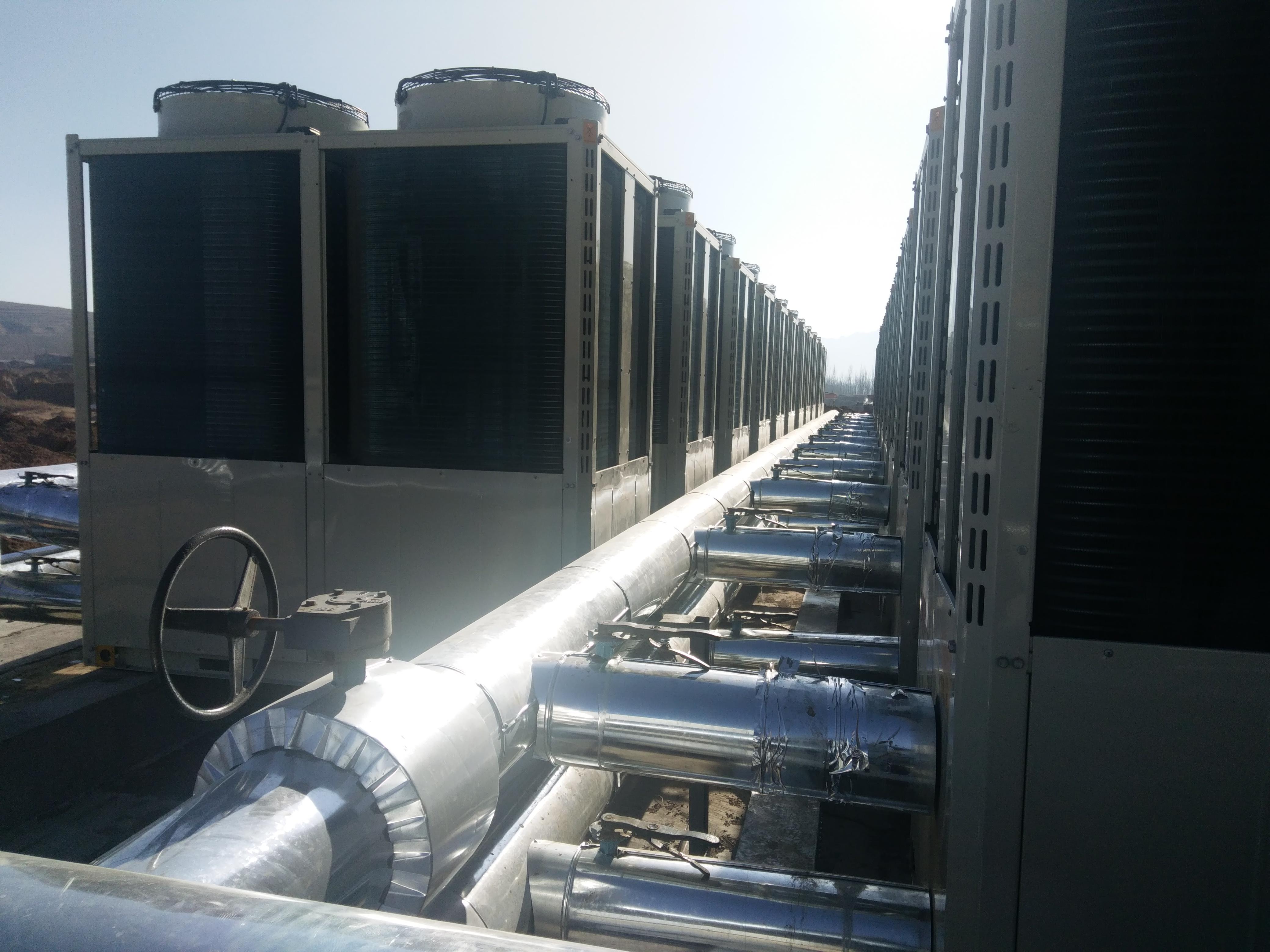 小区集中供暖选用空气源热泵模块机成常态