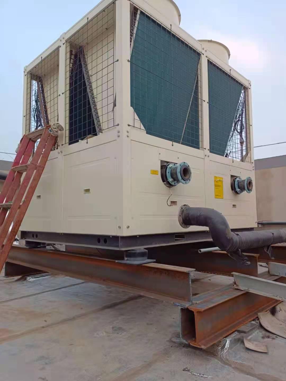 邢台办公楼用空气能热泵模块机组现场(图2)