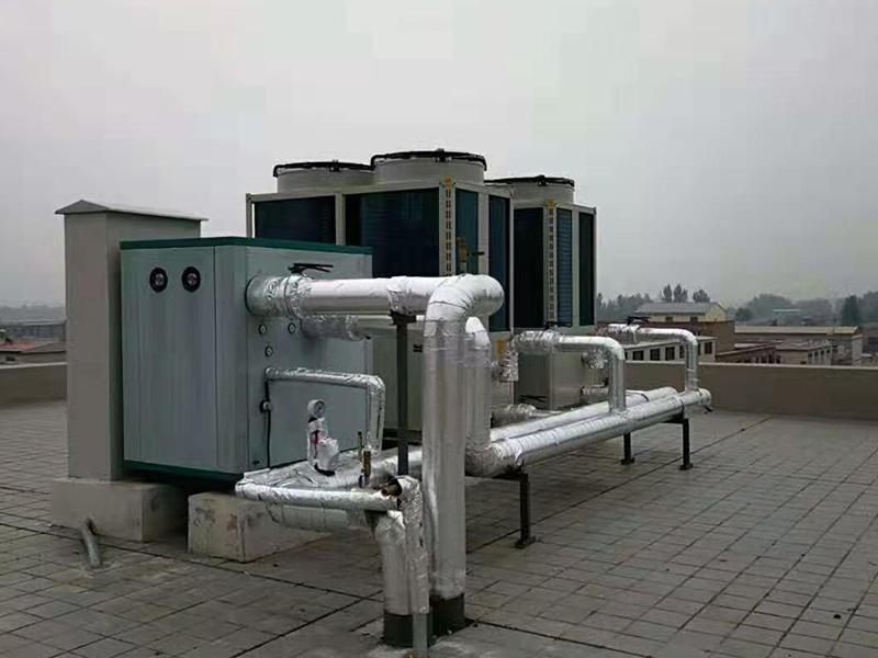 低温型风冷热泵机组在冬季采暖的应用