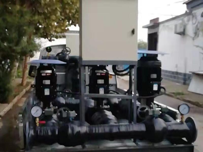 风冷模块机组配套大型水力模块,让您使用更方便